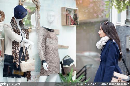 La déco de vitrine d'un magasin : l'importance de la mise en scène