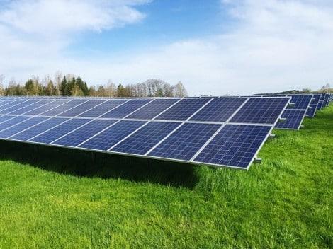 panneau solaire champs